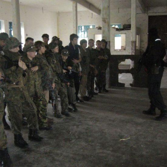 obóz militarny dla młodzieży