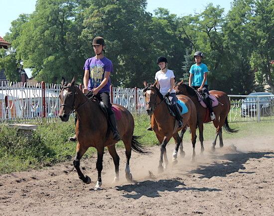 obóz konny dla dzieci